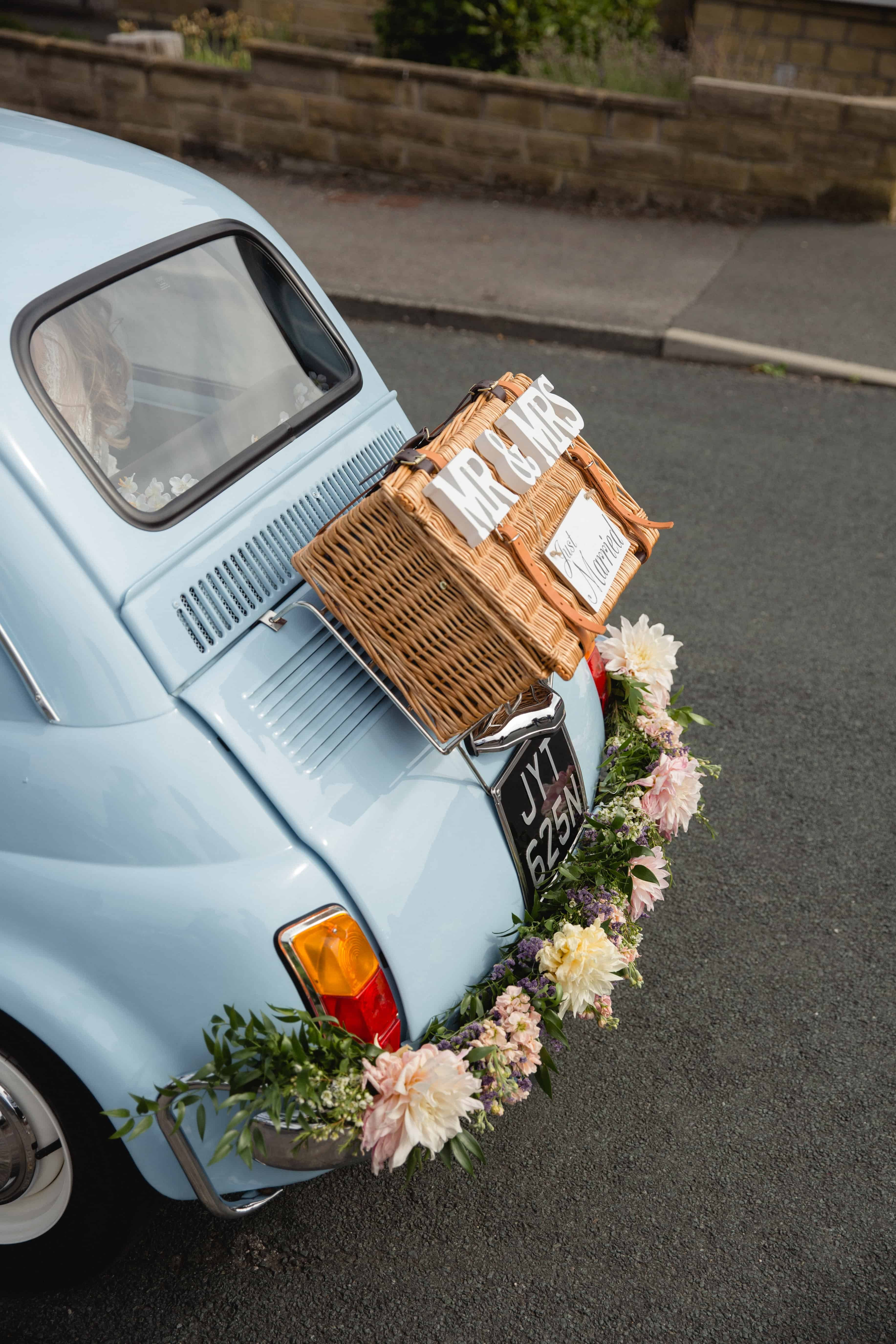 Vintage Fiat 500 wedding car